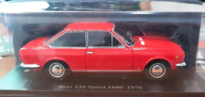 Esc.1:24 Año 1970 Coche Clasico SEAT 124 SPORT 1600 Colección Test de SEAT