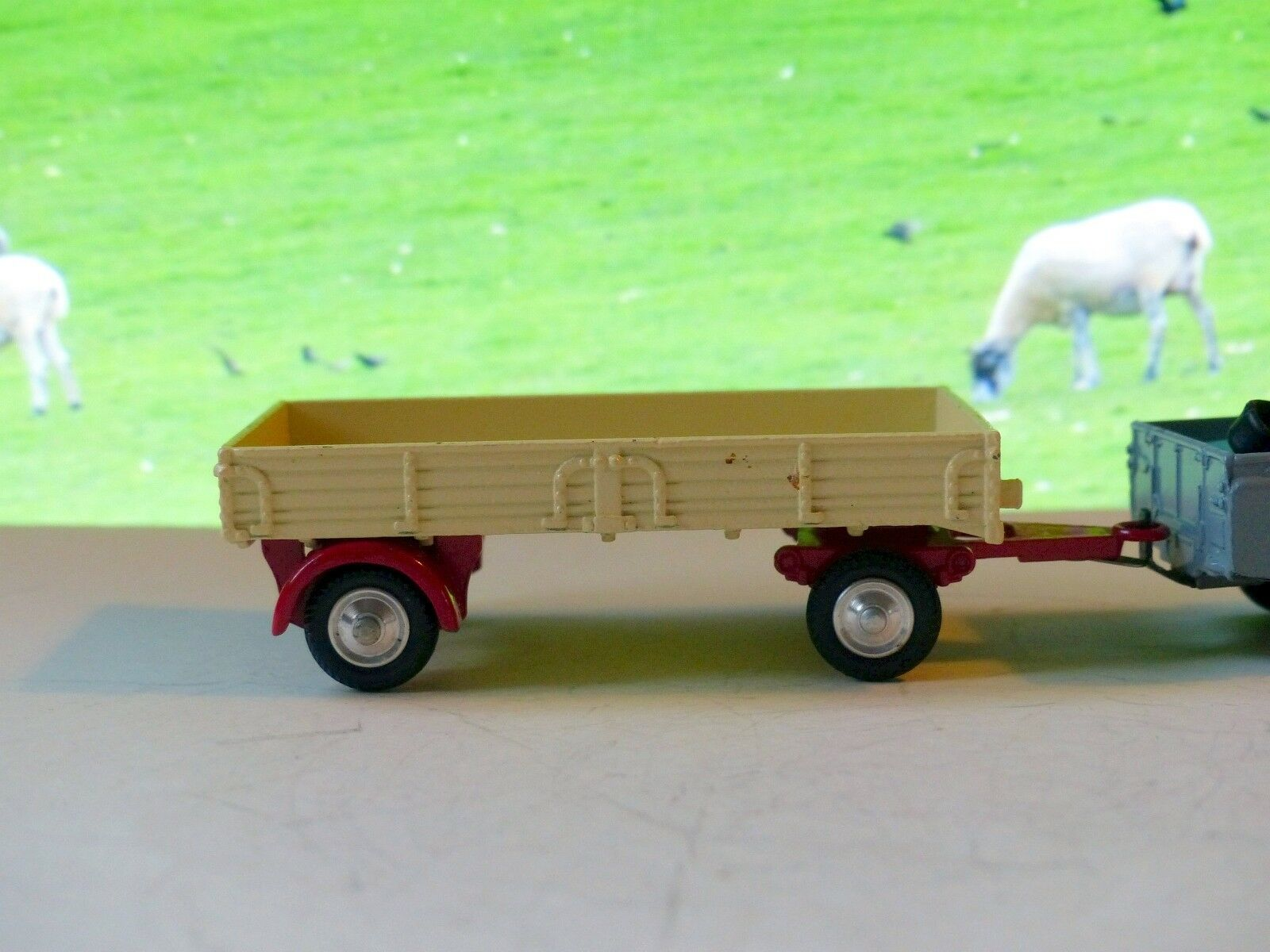 Corgi Toys 100 Dropside Trailer with original box