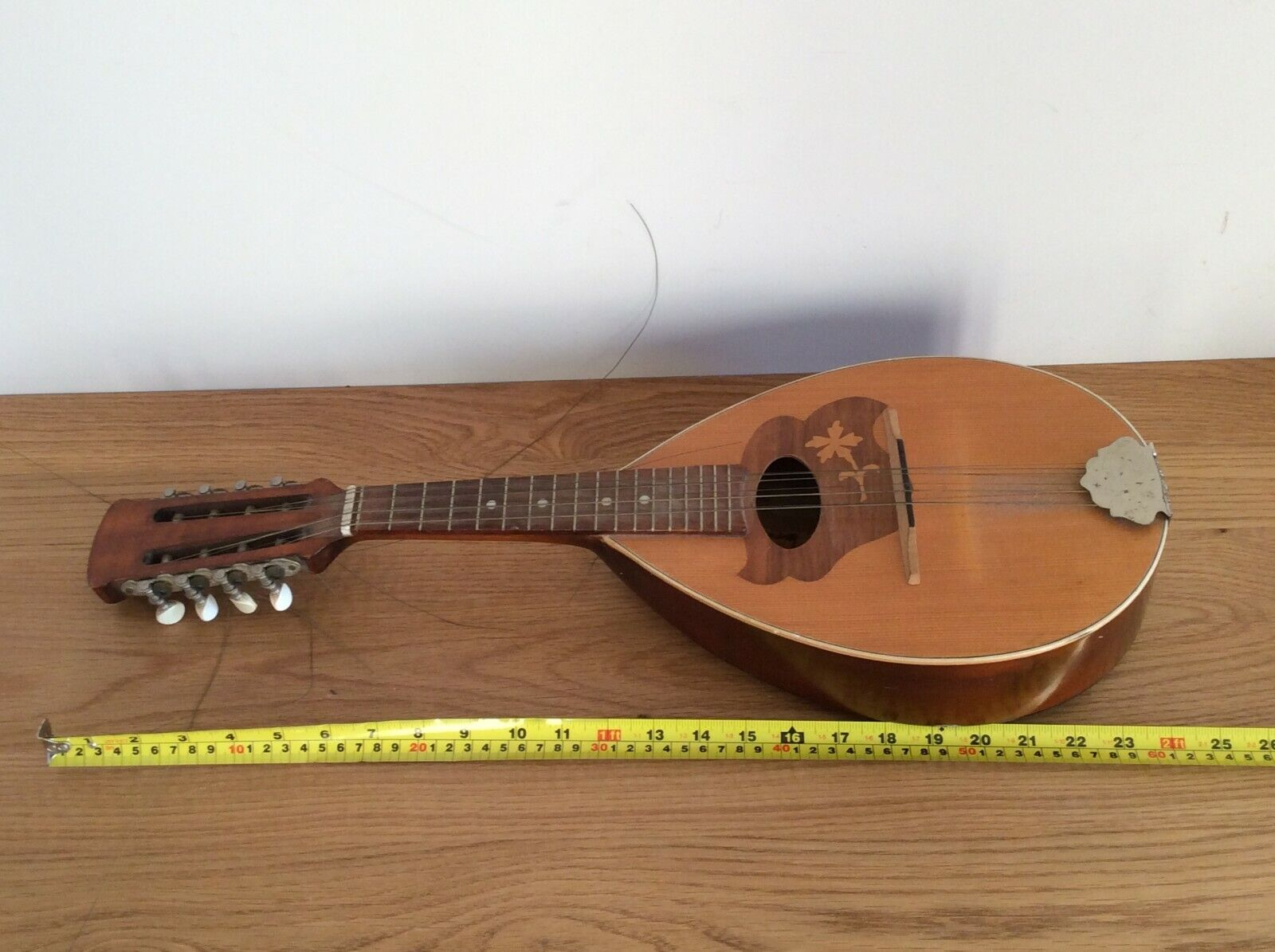 Vintage Wooden Mandolin Musikinstrumentenfabrikolin  Available Worldwide