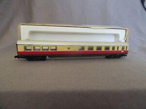 248G-Arnold-Rapido-0383-DB-TEE-Coach-N-1-160