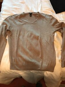 2-H-amp-M-V-Neck-Sweaters-XL-1-Black-And-1-Beige