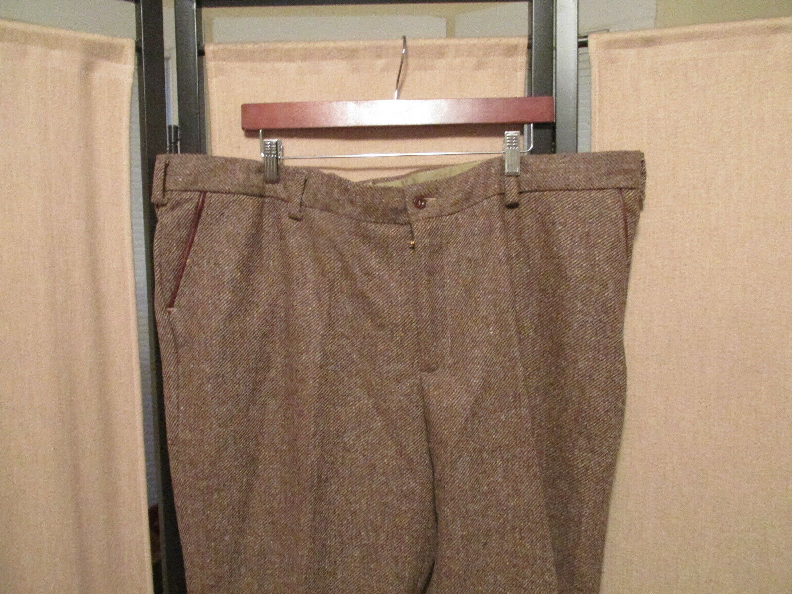 Bills Khakis Model 3 Trim Fit Flat Front 100% wool pants size 46