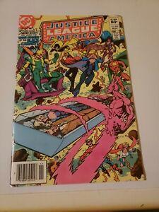 Justice-League-Of-America-220
