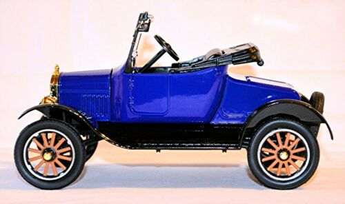Ford Model T Runabout open 1925 blau schwarz blue black 1:24