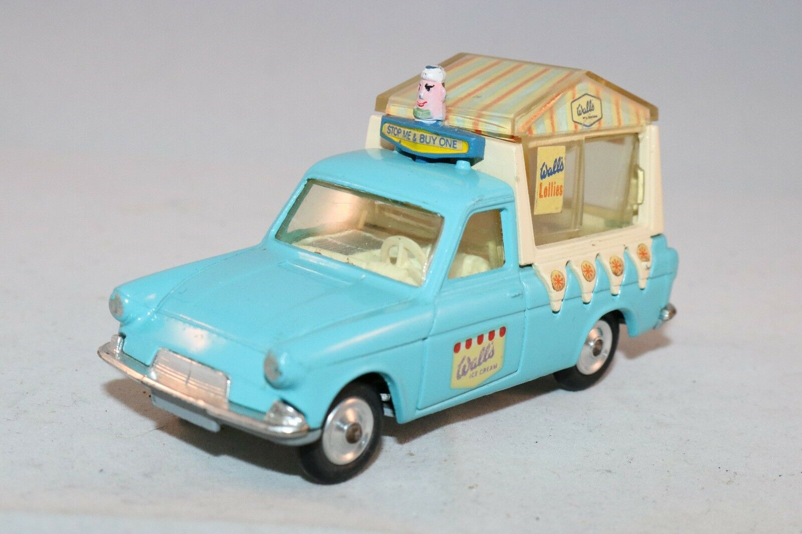 Corgi Toys 447 Ice Cream Van On Ford Thames 1 43 99.9% mint condition