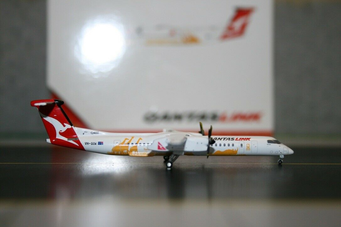 Gemini Jets 1 400 Qantaslink Dash-8-Q400 VH-QOW  Taronga Zoo  (GJQFA1043) Qantas