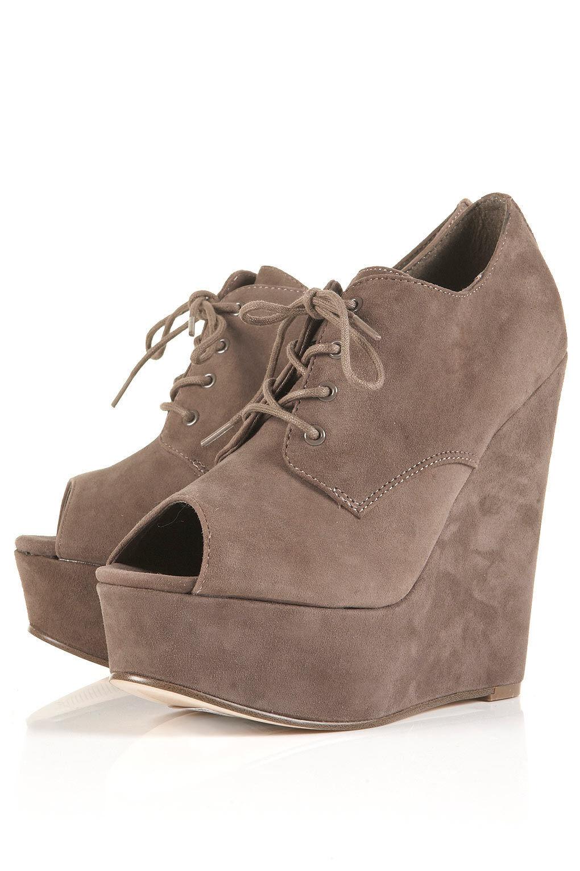 Nueva con caja Topshop Sicilia Ante Peep Toe Cuñas Zapatos en taupe