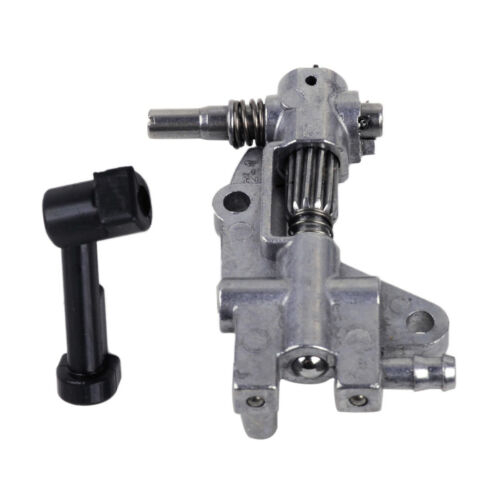 Worm Fit For Chinese 4500 5200 45cc 52cc Chainsaw Oil Pump /& Cover With Pipe