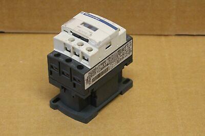 Contacteur TeSys LC1D 3P AC3 440V 18 A bobine 230 V CA LC1D18P7  Schneider