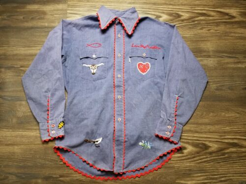 Vintage Levis Embroidered Chambray Shirt Tagged M