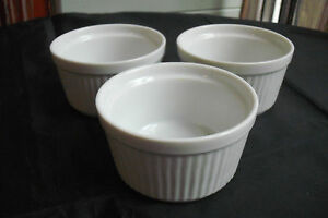 3-SMALL-POTS-RAMEKINS-RETRO-FRENCH-WHITE-CERAMIC-POTTERY-OVEN-SERVING-DISHES