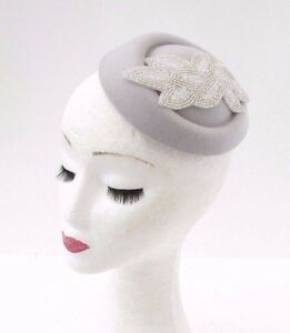 bc60d7175f5dd Image is loading Grey-Silver-White-Beaded-Pillbox-Hat-Hair-Fascinator-