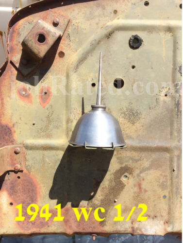 WWII Dodge 1941-42 WC G505 1//2 ton Oil Can Bracket  /& Eagle Oil Can