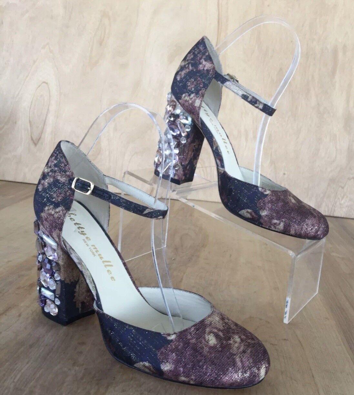 Bettye Muller Crystal heel Close Toe shoe NEW