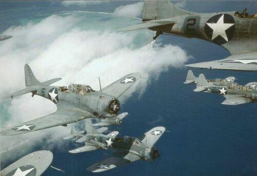 WW II Usa   Photo   ** Navy Dauntless SBD Dive Bombers **
