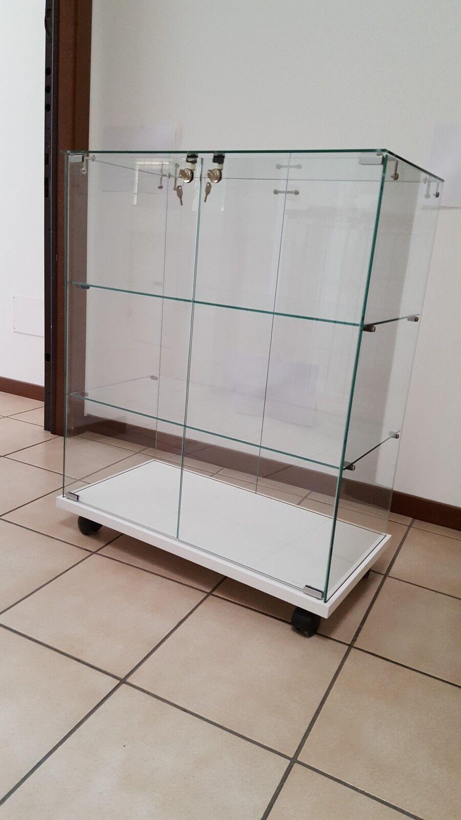 Vitrines pour les collections,vitrine,vitrine en verre,vitrines modele