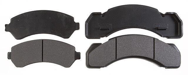 NOS RAYBESTOS PGD215M Disc Brake Pad Set Front fits LeSabre DeVille 1983-1996