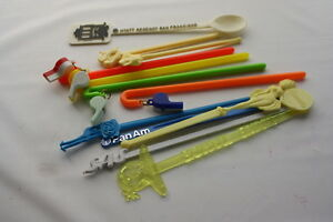 Vintage-1970-Era-12-Plastic-Barware-Swizzle-Stir-Sticks-w-Whistles-and-Airlines