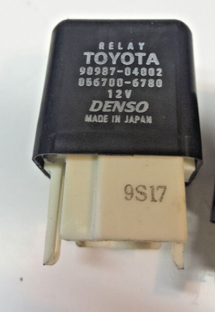 TOYOTA RELAY 90987-04002 056700-6780 12V DENSO MADE IN JAPAN  OEM !!!!!!!!!!!