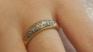 Bague en or jaune 18 carats, pavage de diamants - 3,6g