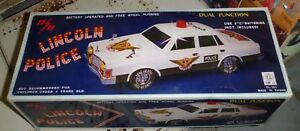 Vintage Yung Lo Lincoln Versailles Police Car Battery Operated Ebay