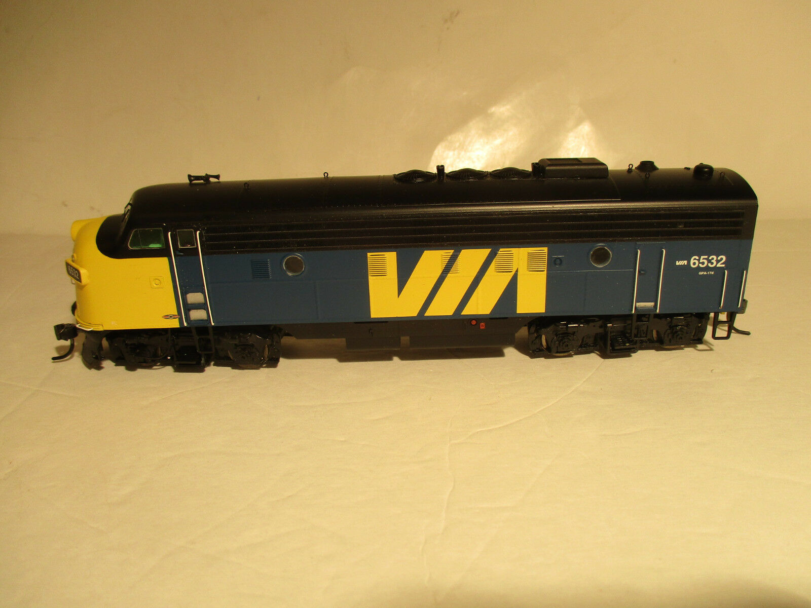 Intermountain Via Rail FP9A, HO, with DCC and Factory Sound, Rd