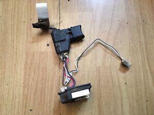 Makita-bhp452-switch