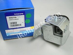 Volvo Xc90 Serpentine Belt Diagram On 2006 V70 likewise 2013 Hyundai Elantra Fuse Box Drl additionally 04 Volvo V70 Fuel Pump Relay Location furthermore Diagram Of Enzyme Structure in addition 2008 Audi A3 Fuse Box. on 2001 volvo s60 fuse box diagram
