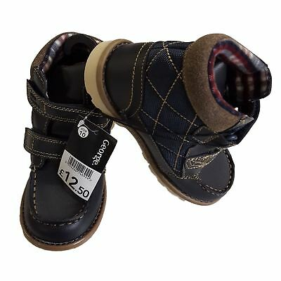 EX Store Boys Kids Childrens Touch Close Smart Boots UK10 / EU 28