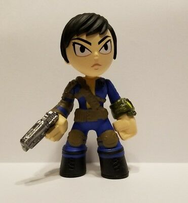 "FUNKO FALLOUT 4 MYSTERY MINI /""SOLE SURVIVOR 1//6/"" VINYL FIGURE"