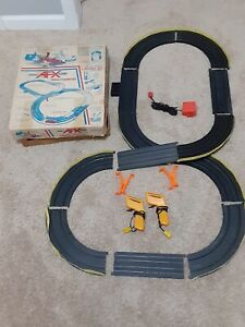 VINTAGE-Aurora-AFX-Laguna-120-RACE-SET-Lot-Slot-Car-Lot-Complete