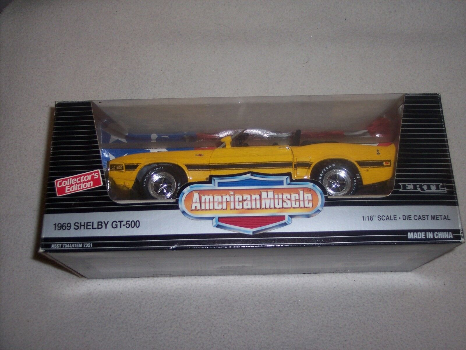 AMERICAN MUSCLE - ERTL- 1969 SHELBY GT-500 - - -  YELLOW DROP TOP - NEW IN BOX 956c35