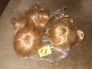 Puppen-Haar-2-Stueck-fuer-Puppen-ca-30-40-50-cm-gross
