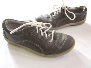 a09 Women's Shoes Flight Tracker Privo Sneakers Größe 7 Grau Leder Schnürbar Wanderschuhe Komfort