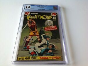 WONDER-WOMAN-202-CGC-9-0-CATWOMAN-1ST-FULL-FAFHRD-GRAY-MOUSER-DC-COMICS