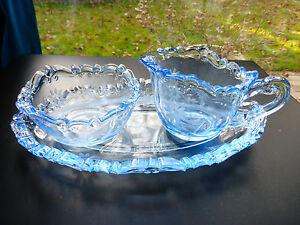 Jugendstil-Pressglas-blau-Milchkaennchen-Zuckerdose-Tablett-FENNE-MOZART-1938