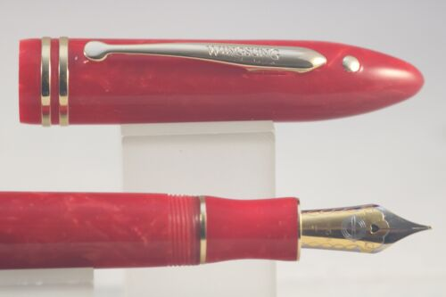 New Wing Sung No 626 Red Acrylic Fine Fountain Pen with Gold Trim Case