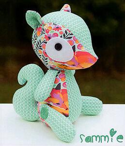 SAMMIE-Sewing-Craft-PATTERN-Cloth-Rag-Doll-Squirrel