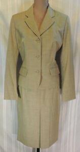 Women-039-s-Body-by-Victoria-skirt-suit-2-piece-set-Size-10-MEDIUM-blazer-brown-WOW