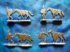 Plats-d-039-etain-SM-K-flat-tin-Zinnfiguren-Lot-de-4-cavaliers-romains