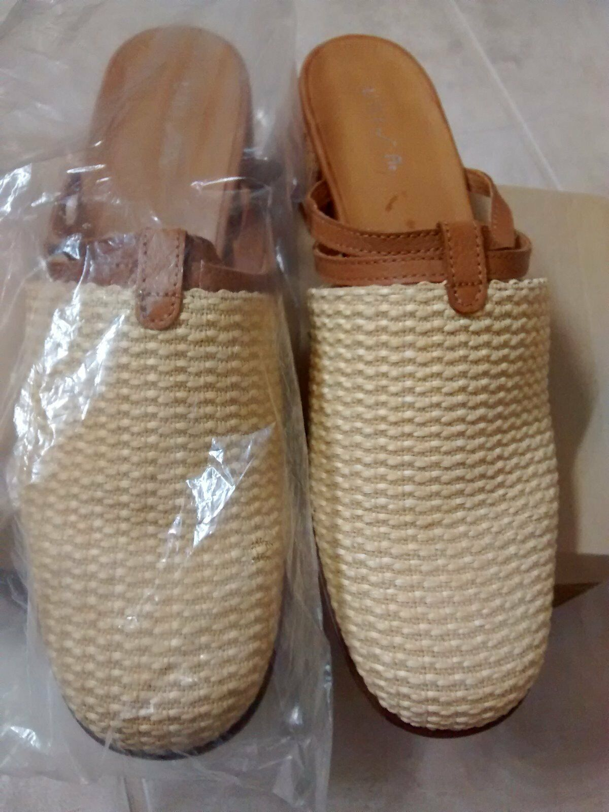 Woman Unisa Senegal Summer Sandal 8.5 B