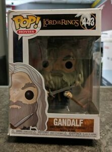 The-Lord-of-the-Rings-Gandalf-Pop-Vinyl-Figure