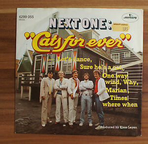 Single-7-034-VINYL-Next-One-Cats-for-ever-6299055