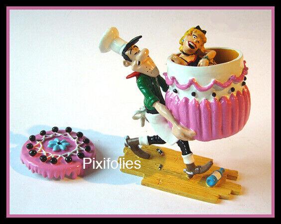 Pixi - Lucky Luke - 5477 - Averell portant le gâteau de mariage avec Belle  B+C
