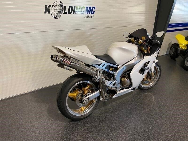 Kawasaki, ZX6R, ccm 599