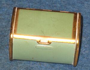 "Vintage GREEN LUGGAGE DESIGN 2"" x 1.5"" Powder Compact - Unbranded - Unique!"