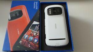 Nokia-808-PureView-16GB-White-Unlocked-Smartphone
