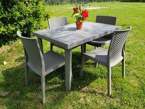 Tavolo e sedie set effetto rattan da esterno giardino for Tavolo e sedie esterno offerte