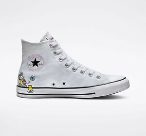 Converse x Hello Kitty Chuck Taylor All