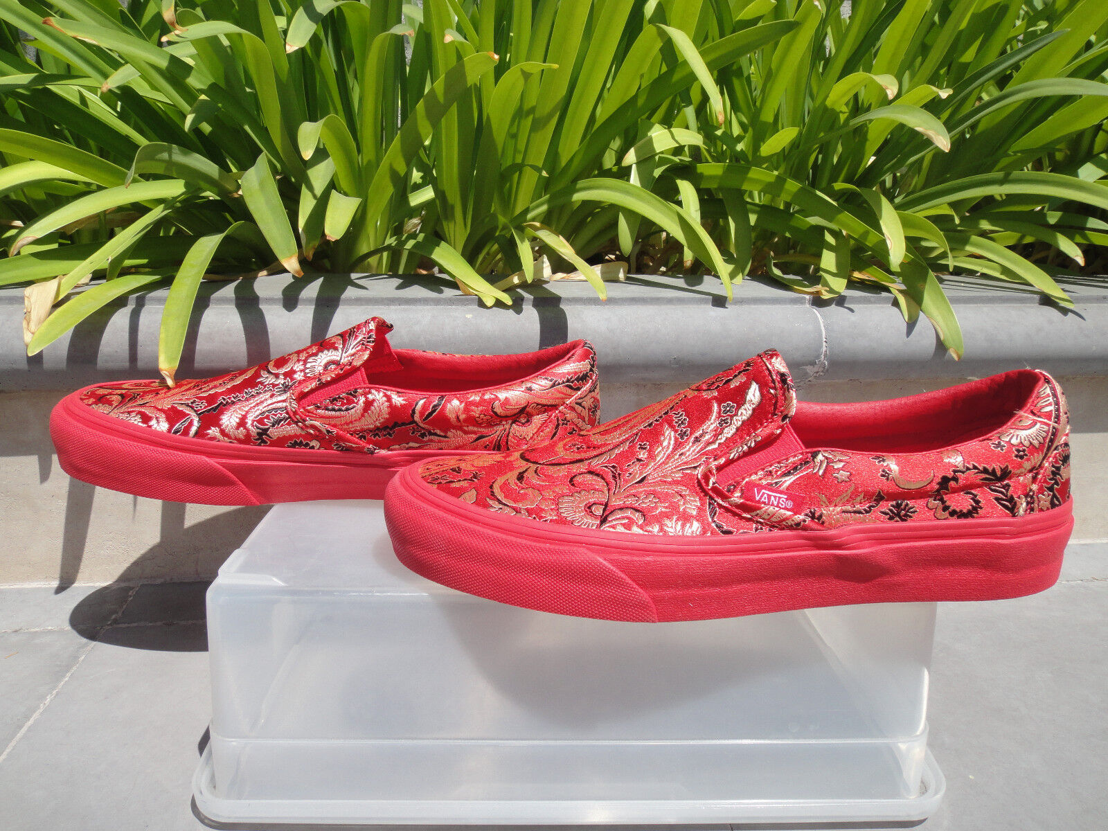 Vans x Opening Ceremony QI PAO Mens OG Classic Slip On, Mens PAO 8 (Wmns 9.5) Red Brocade b2a74a